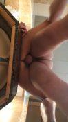 小心地板的針孔攝影機,被射出來的精液滴到了!