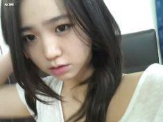 韓國正妹女主播 1 之洗澡塗巧克力醬