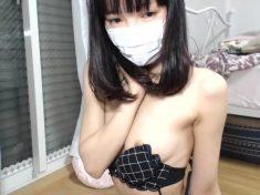 深夜的日本視訊女主播,很想要