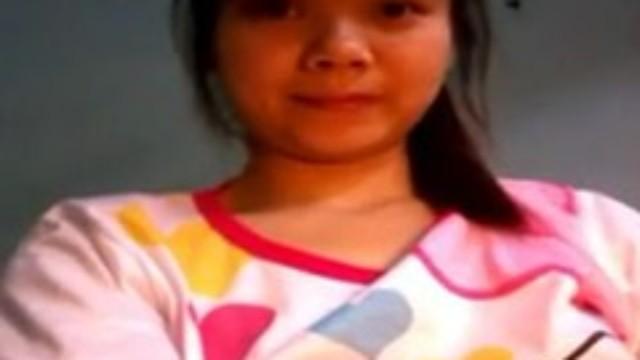 菲律賓正妹馬尾少女,脫掉衣服自慰,最後高潮了