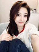 疑似大陸第一美女網紅馮提莫激戰土豪乾爹性愛影片流出