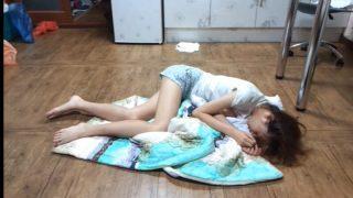 極品身材的美乳妹跟男友居家做愛遭流出視頻無碼影片